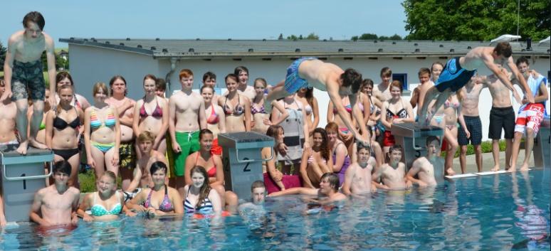 Sie sehen Bilder des Artikels: Schwimmfest 2012