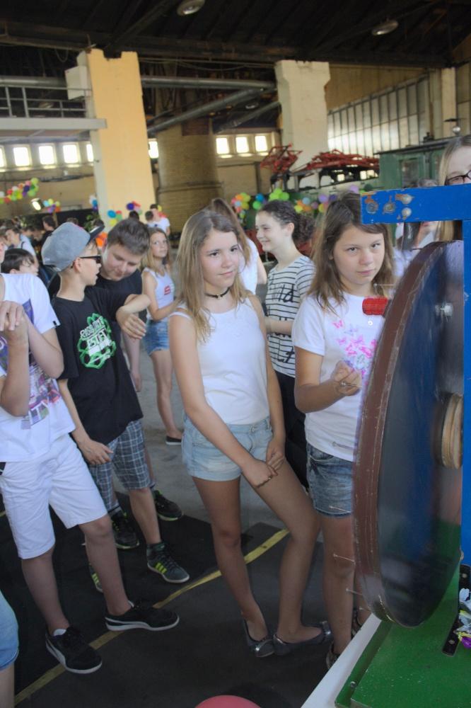 Sie sehen Bilder des Artikels: Schulfest 10. Klassen 2017