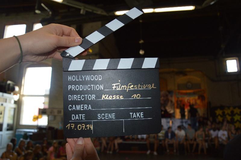Sie sehen Bilder des Artikels: Filmreifer Schuljahresabschluss