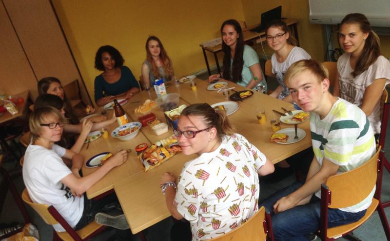 Sie sehen Bilder des Artikels: Projekttag Spanisch