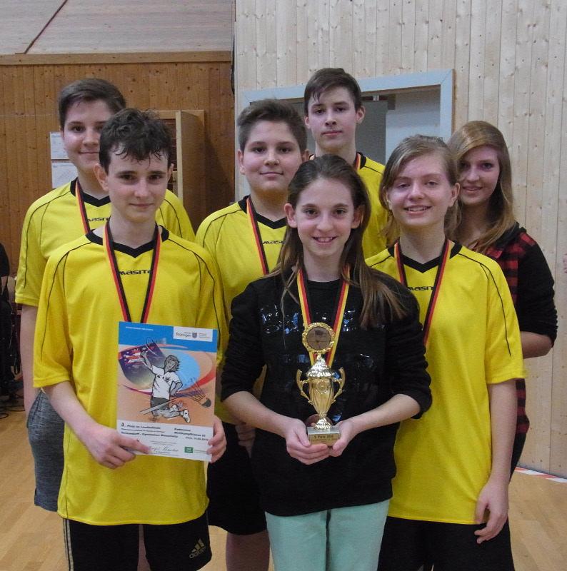 Sie sehen Bilder des Artikels: 3. Platz beim Landesfinale Badminton 2016